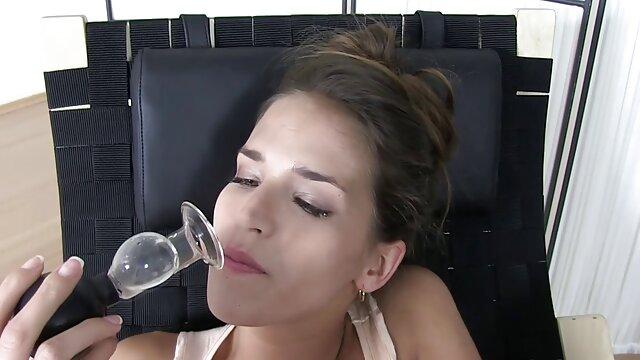 Morena culona Madeline se peliculas porno graficas en español inclinó y follada a cuatro patas