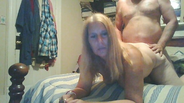 La gorda Vixen Tiffany Star peliculas pornograficas netflix chupa una polla y se la follan