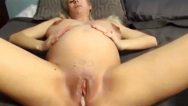 Mofos - No me peliculas pornografucas rompas - Angel Smalls - Spinner se traga un bi