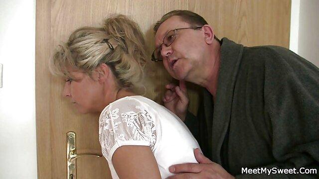 Kelly y Malena peliculas animadas pornograficas ruegan por la gran polla de Rocco en Tush!