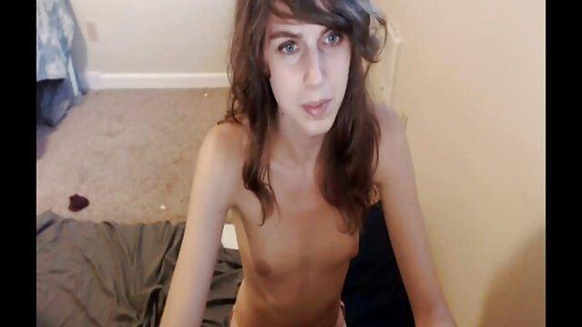 Megan Rain pornografía de mujeres infieles follando la figura de su padre