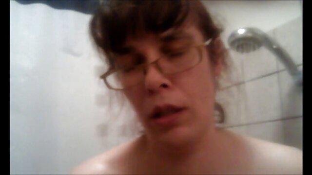 Cosquillas en el culo con juego de vibrador películas pornográficas 3x